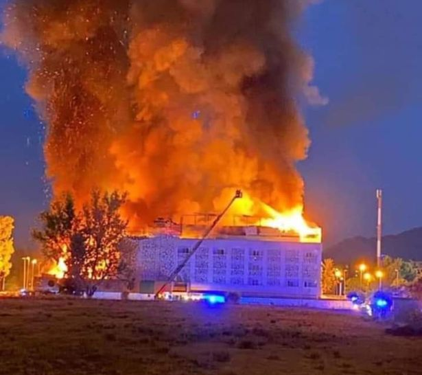 One person killed, ten injured in major hotel fire in Spain