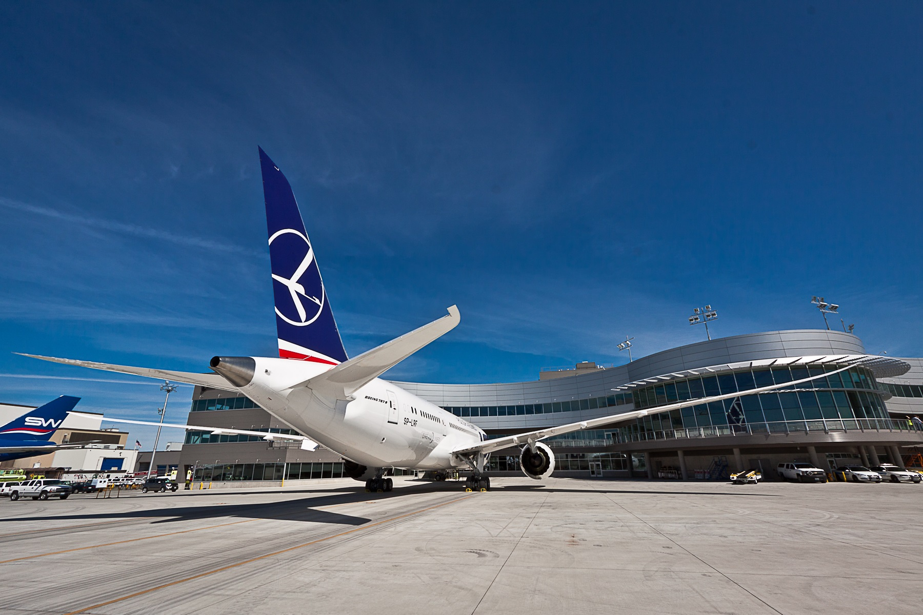 LOT Polish Airlines launches Wroclaw flights from Budapest Airport