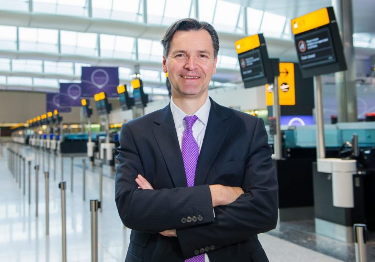 Heathrow to give Government COVID testing data