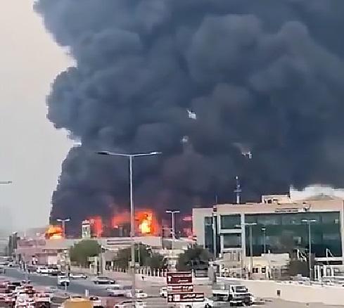 Firefighters battling huge public market fire in Ajman, UAE