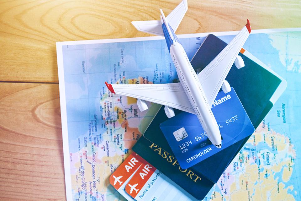 US travel agency air ticket sales down 17% in July