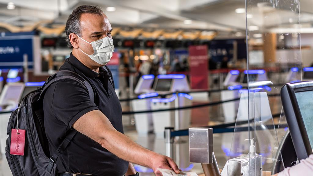 Harvard: Masks worn throughout travel offer significant protection from COVID-19
