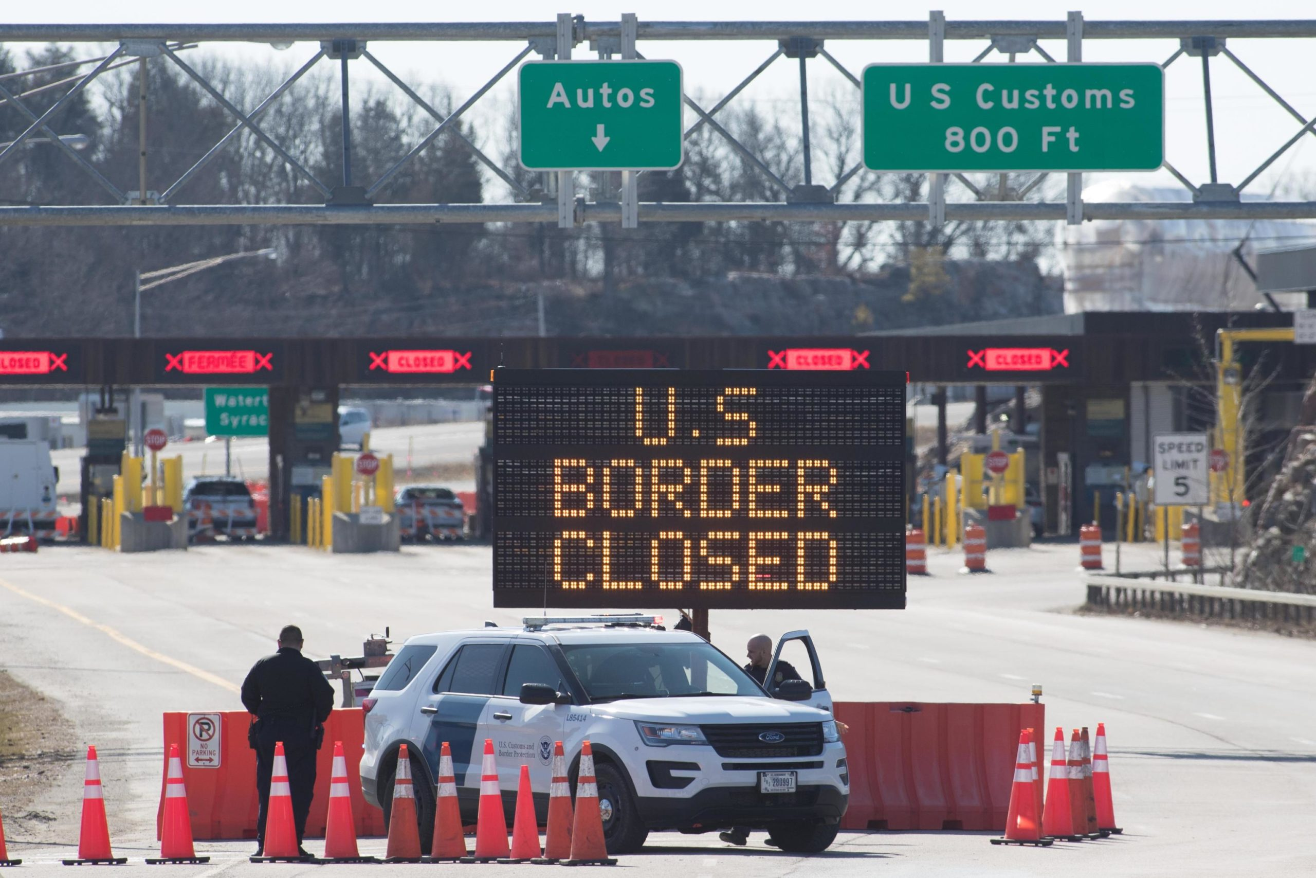 Homeland Security chief: US land borders will remain shut through October 21