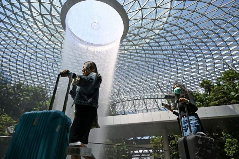 Singapore relaxes border restrictions, allows visitors from New Zealand and Brunei in