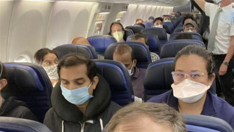 Harvard study: Air travel presents lower COVID-19 risk than shopping and dining out