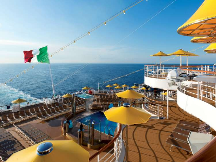 Costa Cruises reviews its Winter 2020-2021 schedule