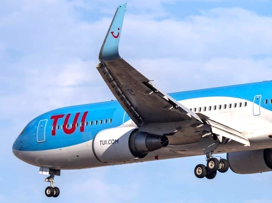 First winter season 2020 TUI flight arrives in Saint Lucia from UK